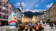 Ostern in der Maria-Theresien-Straße, Innsbruck, Tirol, Austria