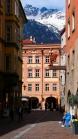 Altstadt von Innsbruck mit Palais Claudiana, Tirol, Austria