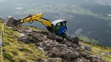 Bauarbeiten am Berg / Patscherkofel, Tirol, Austria