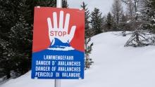 Warntafel: Stop Lawinengefahr