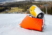 Aufprallschutz, Schutzmatten für Skifahrer / Schneekanone