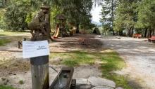 Spielplatz gesperrt / Kurpark Igls, Innsbruck, Tirol, Austria