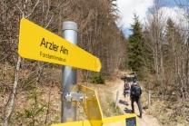 Wanderwegschilder Arzler Alm, Nordkette, Innsbruck, Tirol, Austria
