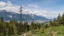 Hochspannungsmast, Hochspannungsleitung / Lanser Kopf, Paschberg, Lans, Tirol, Austria