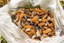 Zigarettenstummel / Kippen im Müllsack