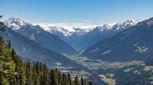 Blick vom Patscherkofel in das Stubaital, Tirol, Austria