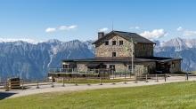 Patscherkofel Schutzhaus, Innsbruck, Tirol, Austria