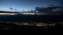 Innsbruck bei Nacht, Inntal, Tirol, Austria