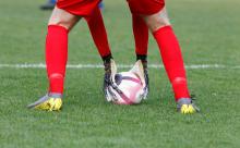 Fußball, Fußballschuhe, Fußballhandschuhe, Torwarthandschuhe