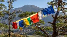 Tibetische Gebetsfahnen / Viller Kopf, Paschberg, Vill, Innsbruck, Tirol, Austria