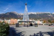 Christbaum von Swarovski / Marktplatz, Innsbruck, Tirol, Austria