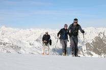 Skitour zum Zuckerhütl, Stubaier Gletscher, Tirol, Austria