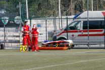 Rettungssanitäter am Spielfeldrand / Österreichisches Rotes Kreuz / Rettung