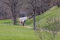 Wanderer, Läufer auf einem Wanderweg