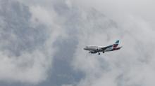 Eurowings Ferienflieger / Flugzeug über Innsbruck, Tirol, Österreich